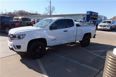 2018 Colorado Extended Cab 4x4, Pickup #18C351 - photo 12