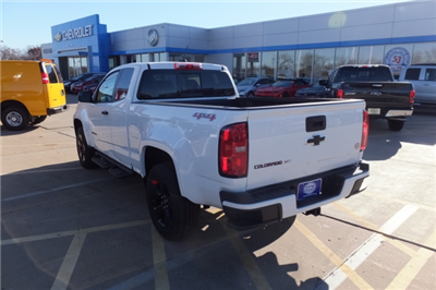 2018 Colorado Extended Cab 4x4, Pickup #18C351 - photo 9