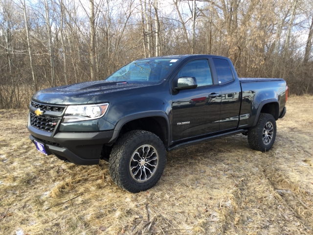 2018 Colorado Extended Cab 4x4, Pickup #18C513 - photo 6