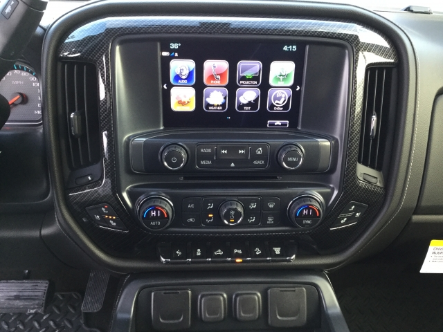 2018 Silverado 2500 Crew Cab 4x4, Pickup #18C516 - photo 28