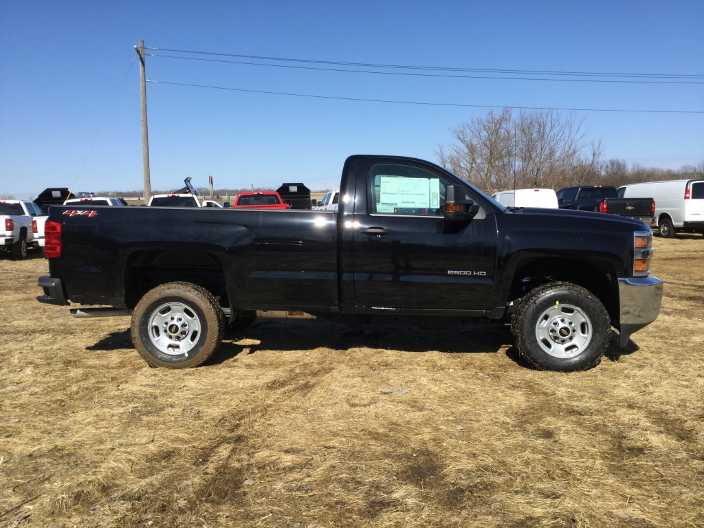 2018 Silverado 2500 Regular Cab 4x4, Pickup #18C537 - photo 3