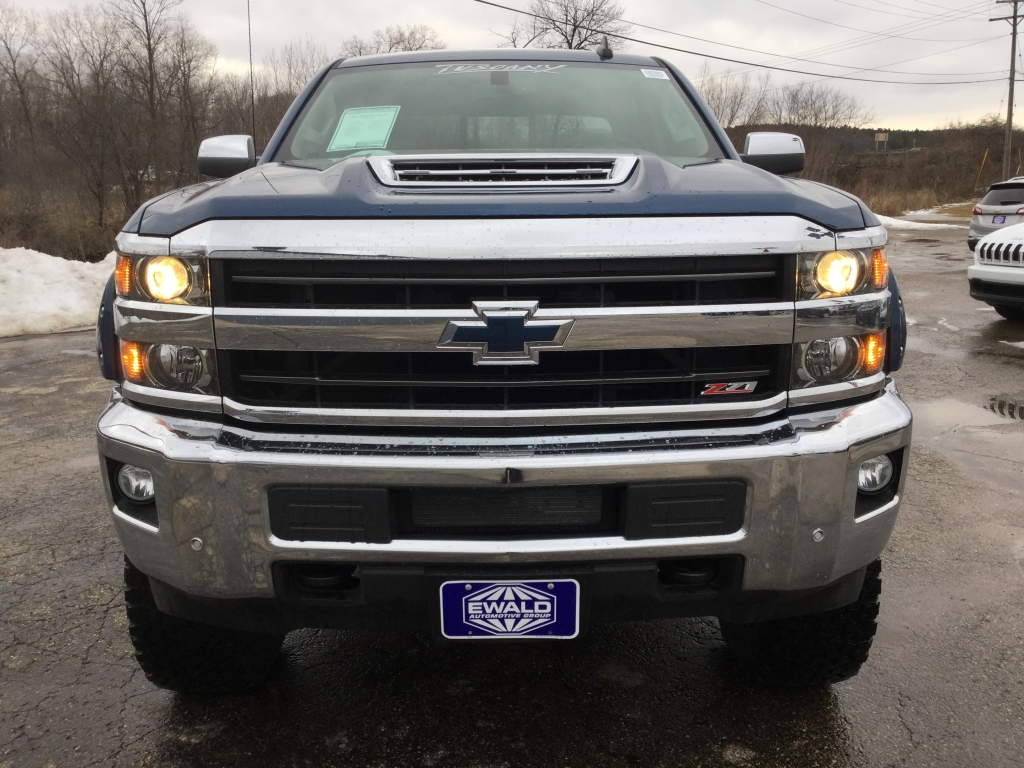 2018 Silverado 2500 Crew Cab 4x4, Pickup #18C591 - photo 13