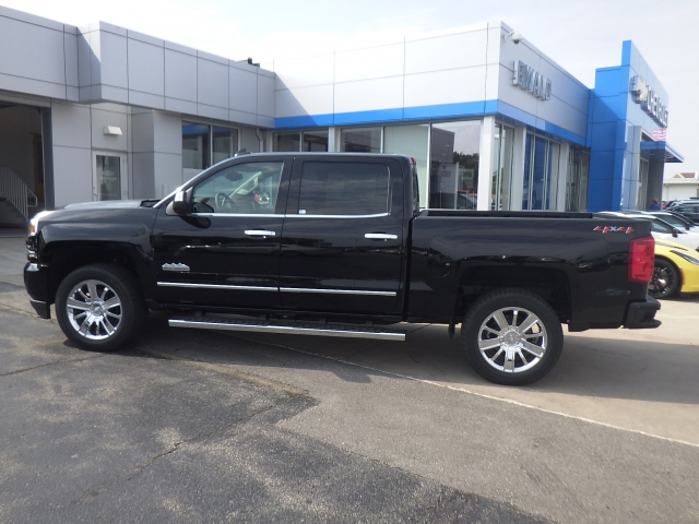 2018 Silverado 1500 Crew Cab 4x4 Pickup #18C74 - photo 10