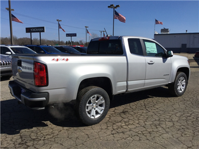 2018 Colorado Extended Cab 4x4, Pickup #18C764 - photo 2