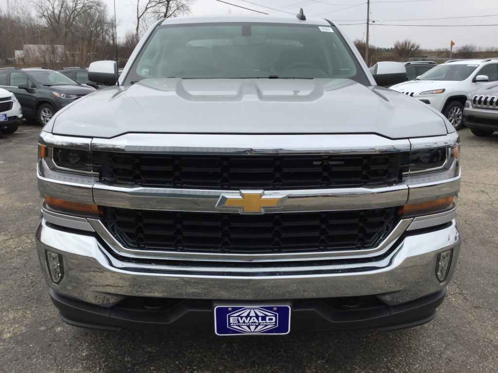 2018 Silverado 1500 Double Cab 4x4, Pickup #18C879 - photo 10