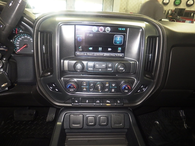 2015 Silverado 1500 Crew Cab 4x4, Pickup #GP3862 - photo 24