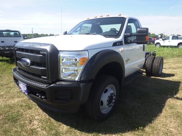 2016 F-550 Regular Cab DRW 4x4, Cab Chassis #HR16436 - photo 7