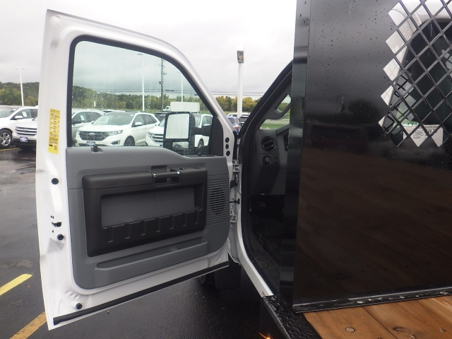 2016 F-450 Regular Cab DRW, Monroe Platform Body #HR16628 - photo 25
