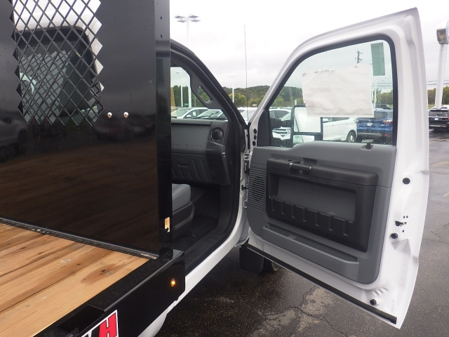2016 F-450 Regular Cab DRW, Monroe Platform Body #HR16628 - photo 45
