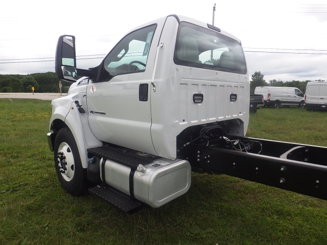 2017 F-650 Regular Cab, Cab Chassis #HS18080 - photo 8