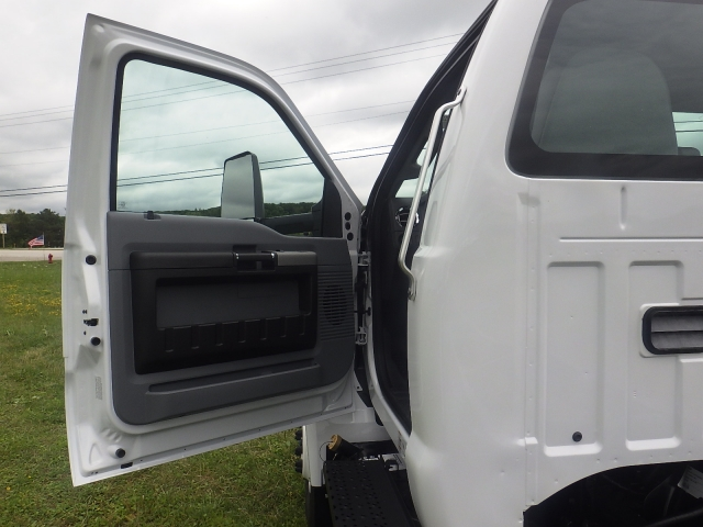 2017 F-650 Regular Cab DRW, Cab Chassis #HS18081 - photo 18