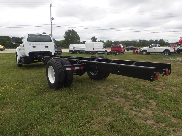 2017 F-650 Regular Cab DRW, Cab Chassis #HS18081 - photo 7