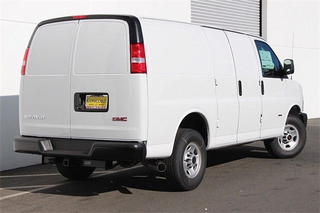 2018 Savana 2500 4x2,  Empty Cargo Van #181271 - photo 7