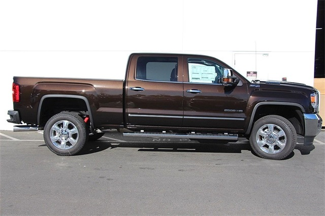 2018 Sierra 2500 Crew Cab 4x4,  Pickup #181308 - photo 6