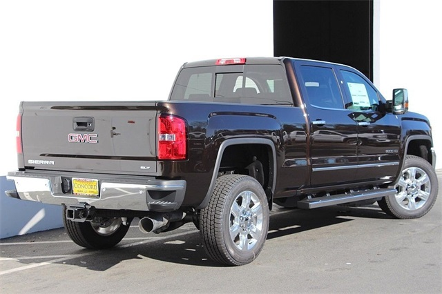 2018 Sierra 2500 Crew Cab 4x4,  Pickup #181308 - photo 2