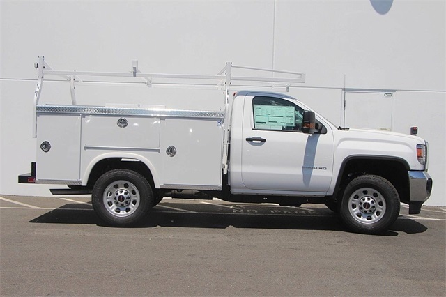 2018 Sierra 3500 Regular Cab,  Royal Service Bodies Service Body #181454 - photo 5