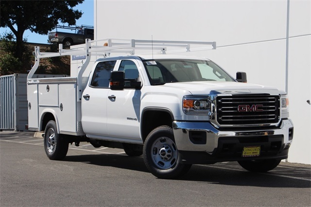 2018 Sierra 2500 Crew Cab 4x2,  Royal Service Body #181624 - photo 3