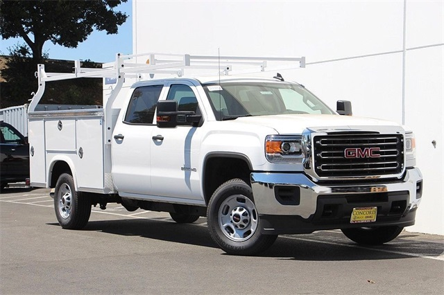 2018 Sierra 2500 Crew Cab 4x2,  Royal Service Body #181788 - photo 3