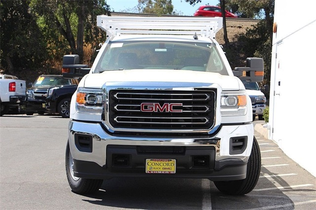 2018 Sierra 2500 Crew Cab 4x2,  Royal Service Body #181788 - photo 5