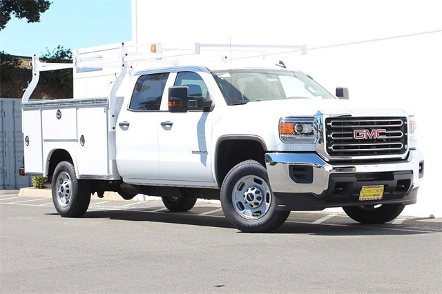 2018 Sierra 2500 Crew Cab 4x2,  Royal Service Body #181789 - photo 3