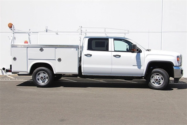 2018 Sierra 2500 Crew Cab 4x2,  Royal Service Body #181789 - photo 6