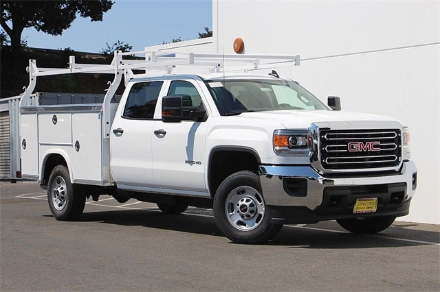 2018 Sierra 2500 Crew Cab 4x2,  Royal Service Body #181799 - photo 3