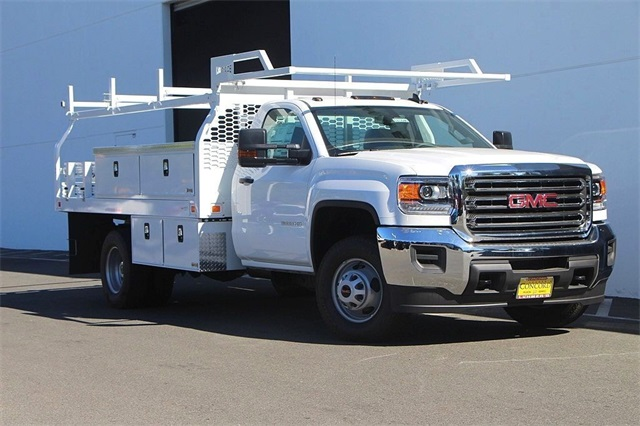 2018 Sierra 3500 Regular Cab DRW 4x2,  Knapheide Contractor Body #181846 - photo 3