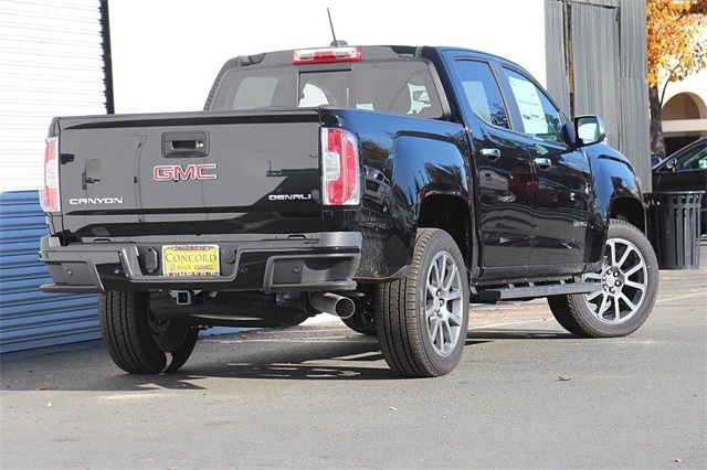 2019 Canyon Crew Cab 4x4,  Pickup #191155 - photo 2