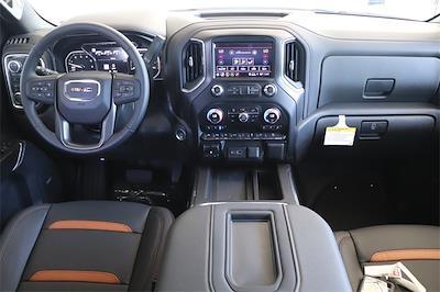 2021 GMC Sierra 1500 Crew Cab 4x4, Pickup #211384 - photo 11