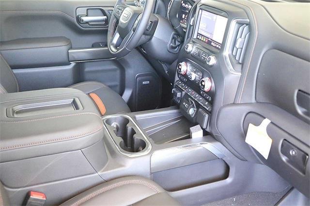 2021 GMC Sierra 1500 Crew Cab 4x4, Pickup #211385 - photo 13