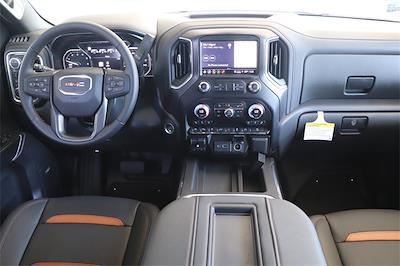 2021 GMC Sierra 1500 Crew Cab 4x4, Pickup #211385 - photo 11