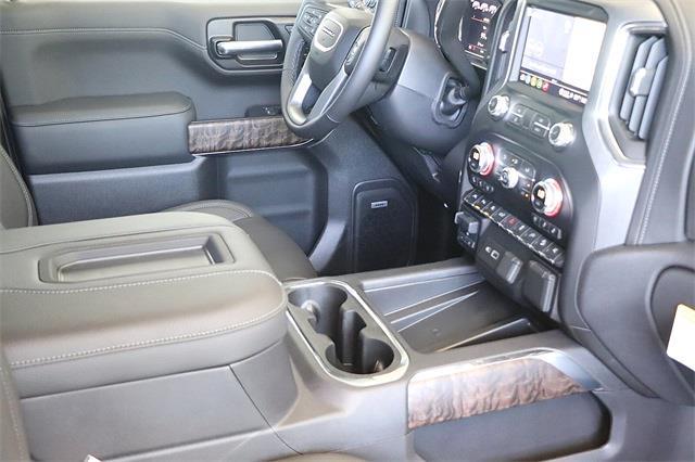 2021 GMC Sierra 1500 Crew Cab 4x4, Pickup #211387 - photo 13