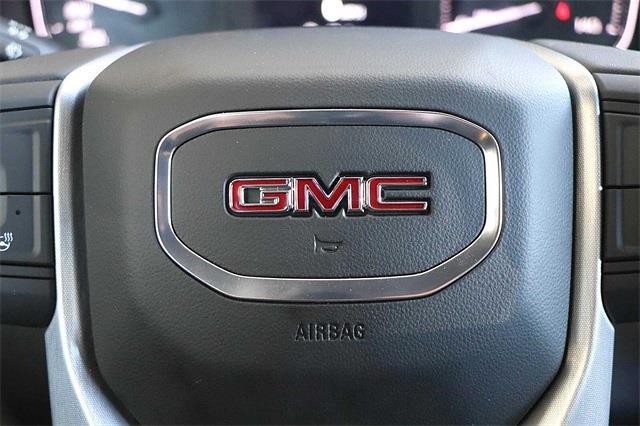 2021 GMC Sierra 1500 Crew Cab 4x4, Pickup #211398 - photo 18