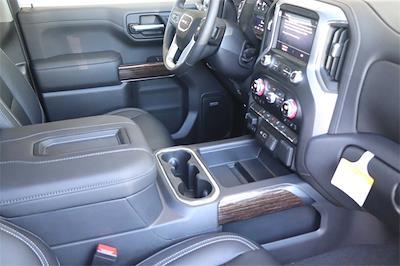 2021 GMC Sierra 1500 Crew Cab 4x4, Pickup #211398 - photo 13
