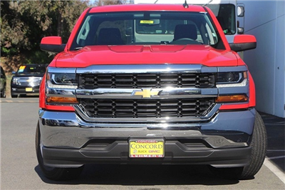 2018 Silverado 1500 Crew Cab 4x2,  Pickup #5891 - photo 4