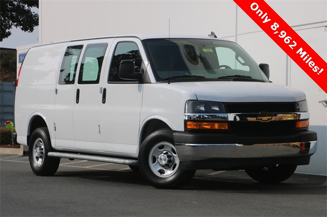 2019 Chevrolet Express 2500 4x2, Empty Cargo Van #7006 - photo 1