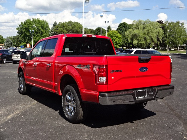 2016 F-150 Super Cab 4x4 Pickup #16F1138 - photo 2