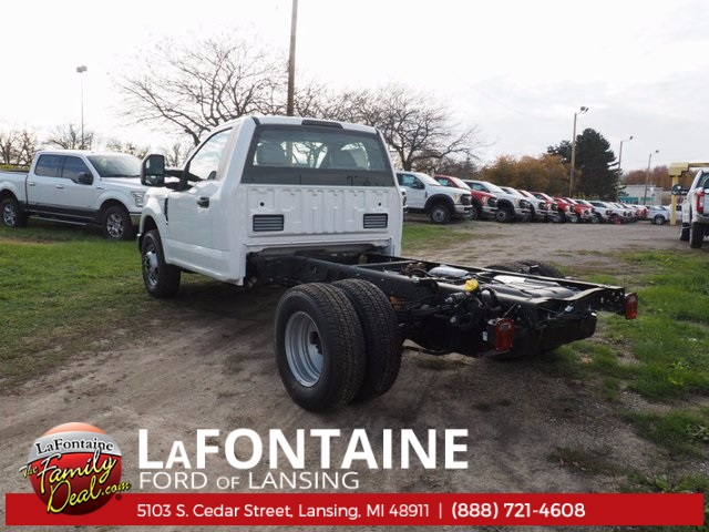 2017 F-350 Regular Cab DRW Cab Chassis #17F1012 - photo 2