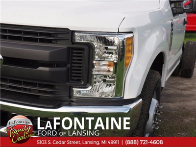 2017 F-350 Regular Cab DRW, Cab Chassis #17F1012 - photo 11