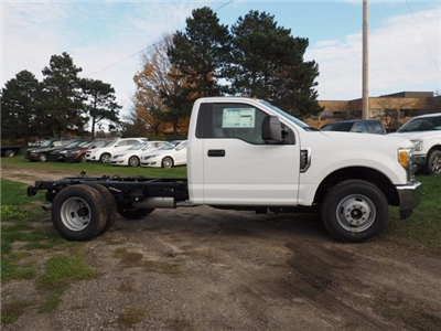 2017 F-350 Regular Cab DRW, Cab Chassis #17F1012 - photo 16