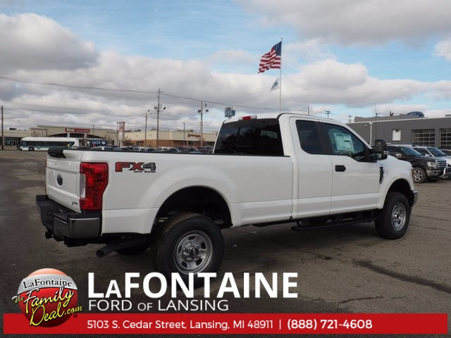 2017 F-350 Super Cab 4x4, Pickup #17F1034 - photo 5