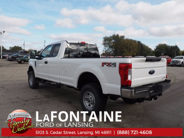 2017 F-350 Super Cab 4x4, Pickup #17F1034 - photo 2