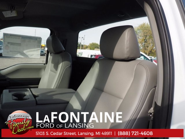 2017 F-250 Regular Cab 4x4 Pickup #17F1046 - photo 7