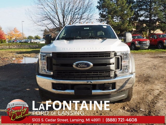 2017 F-550 Crew Cab DRW 4x4, Platform Body #17F1047 - photo 16