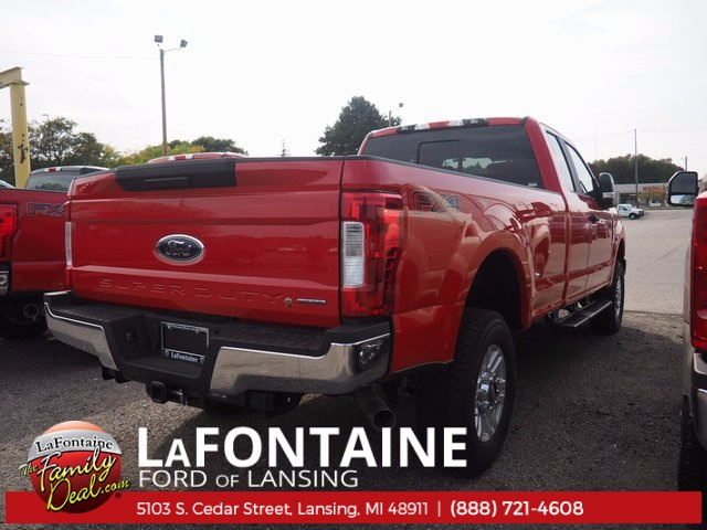 2017 F-350 Super Cab 4x4 Pickup #17F159 - photo 2