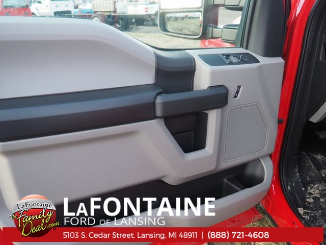 2017 F-550 Regular Cab DRW, Cab Chassis #17F170 - photo 15