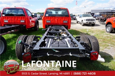 2017 F-550 Regular Cab DRW 4x2,  Cab Chassis #17F170 - photo 2