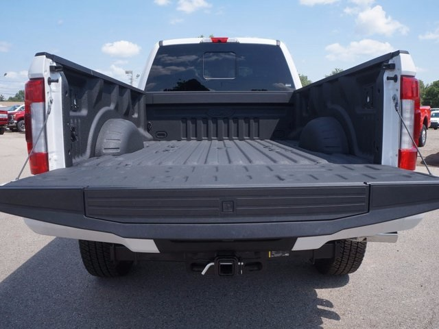 2017 F-350 Crew Cab 4x4 Pickup #17F590 - photo 19