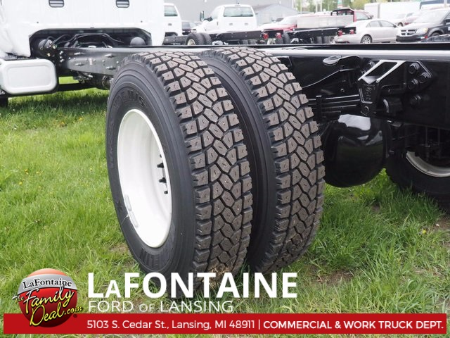 2017 F-750 Regular Cab Cab Chassis #17F658 - photo 5