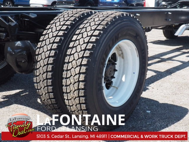 2017 F-750 Regular Cab Cab Chassis #17F672 - photo 3